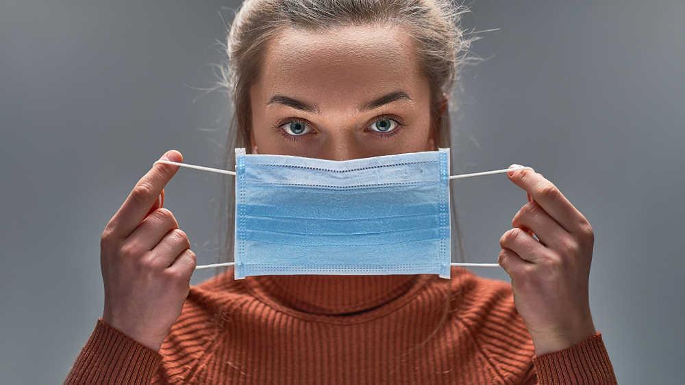 Los efectos secundarios del uso de la mascarilla